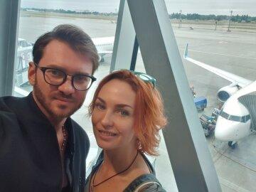 Рыжая бестия Булитко из «Дизель шоу» показала неподдельную страсть с экс-мужем Билык: фото парочки