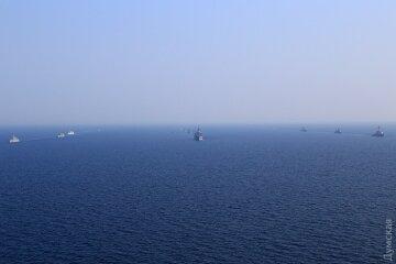 Корабли-разведчики РФ следят за международными учениями Sea Breeze (фото)