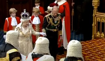 Отречение Елизаветы II от престола из-за смерти мужа: в Британии раскрыли возможность перемен