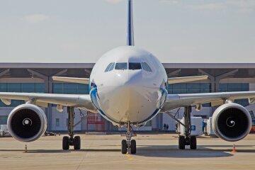 аэропорт самолет Airbus A-310