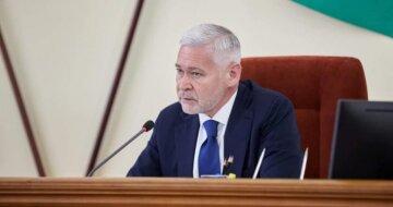 Терехов витратить на бегемотів ще майже 100 млн грн. Добкін обіцяє розплату восени