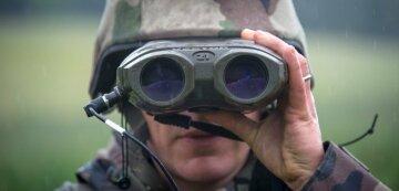 НАТО военный бинокль
