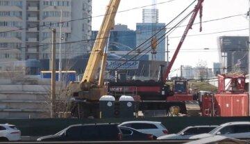 Одного года мало: на ремонт многострадального Шулявского выделили еще больше времени