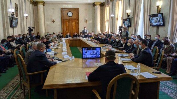 У Харкові влаштували торгівлю посадами голови ХОДА і місцем нардепа: приголомшливі суми