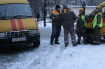 Українець протаранив газопровід на авто, сотні людей залишилися без газу: перші подробиці з місця НП