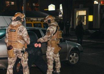 """В Одессе устроили задержание украинских военных: """"Промышляли на Донбассе"""""""