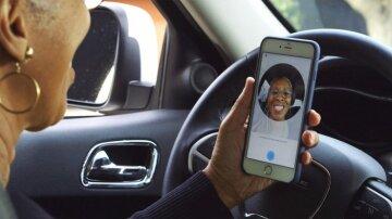 Uber заставил всех водителей делать селфи