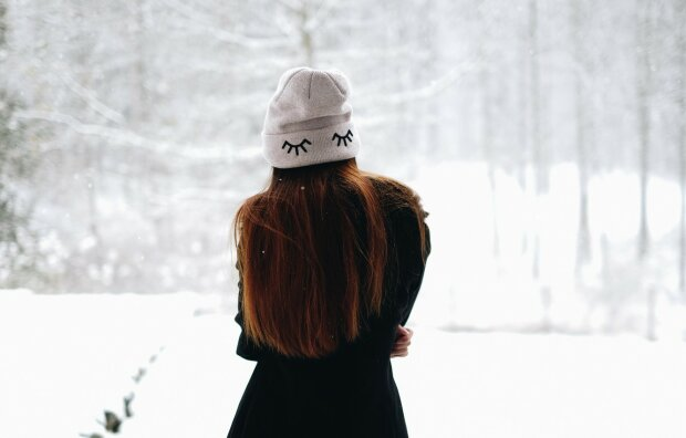 зима, жінка, самотність