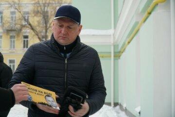 Нацкорпус влаштував акцію проти голови транспортного департаменту КМДА Осипова, якого звинувачують у корупції