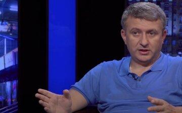 """Романенко пояснив, як Зеленський може увійти в історію України: """"Прийшов час міняти..."""""""