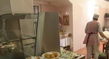 """""""А ви б що замовили?"""": українцям показали, чим і за скільки харчуються депутати в Раді"""