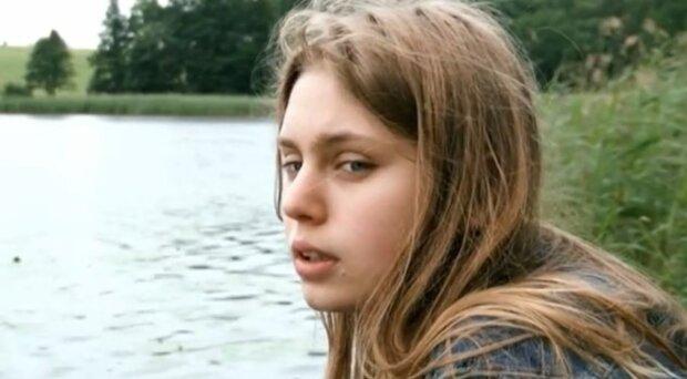 """Водитель лишил жизни молодую актрису, подробности трагедии: """"Погибла через 10 лет после смерти знаменитой мамы"""""""