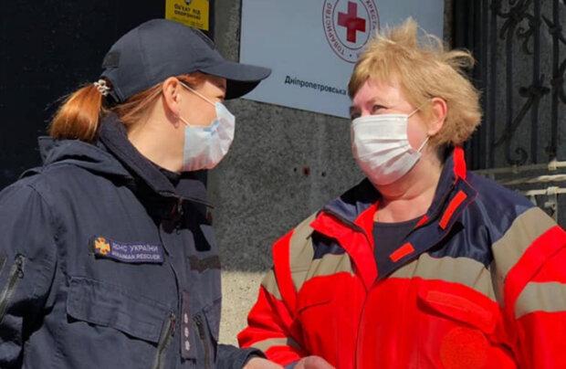 Епідемія в Дніпрі: влада раптово відмовилася від експрес-тестів, подробиці