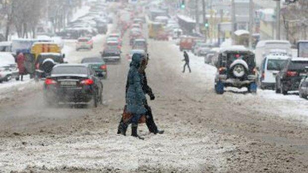 Погода зійшла з розуму, потужний шторм обрушиться на Україну: синоптики вразили прогнозом