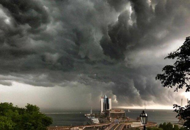 Новый циклон надвигается на Одессу: синоптики сделали срочное предупреждение