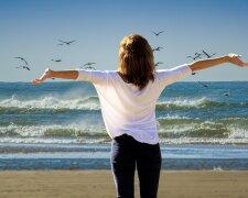 отдых море радость лето женщина девушка