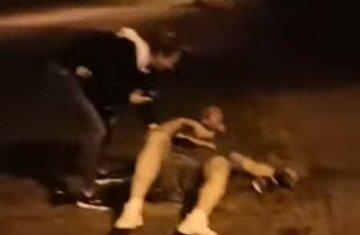 Заступився за дівчат: на ветерана АТО напали і побили, відео