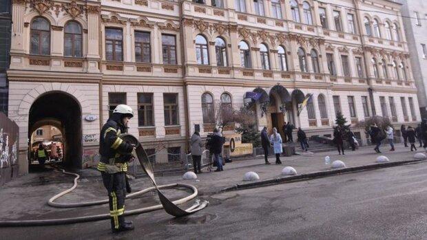 """Романенко назвав головного винуватця пожежі в Мінкульті: """"Небеса вже не можуть дивитися на його..."""""""