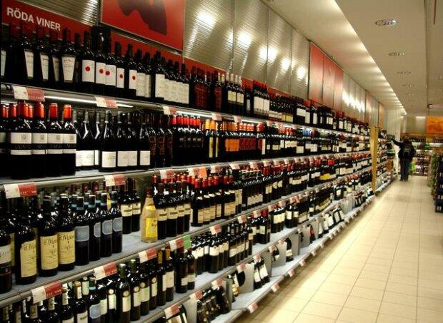 Продажа алкоголя в МАФах: почему мэрия ввела повторный запрет