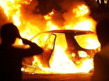 горит автомобиль, авария, чп