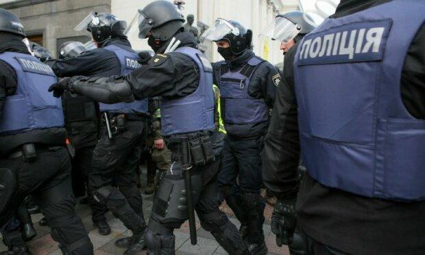 полиция силовики протест бунт перекрыли