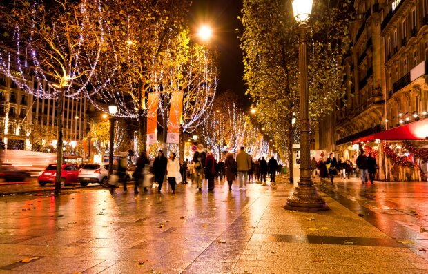 Champs Elysees illuminated with Christmas light