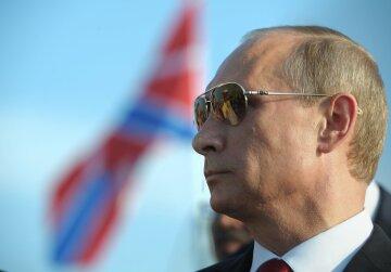 Россия готовится отбивать Крым, замечены истребители и сотня военных машин