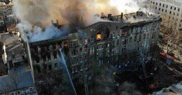 Пожар в одесском колледже, круг подозреваемых растет: к кому нагрянули копы