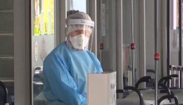 Специалист-генетик объяснила необычную способность коронавируса