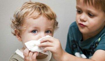 Комаровский рассказал, как вылечить насморк у детей: «Это может быть очень опасно»