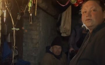 """""""Вагітна сьомою дитиною"""": багатодітну сім'ю виселили з підвалу в Миколаєві"""