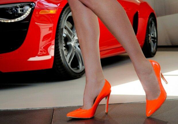 туфли роскошь женщина ноги