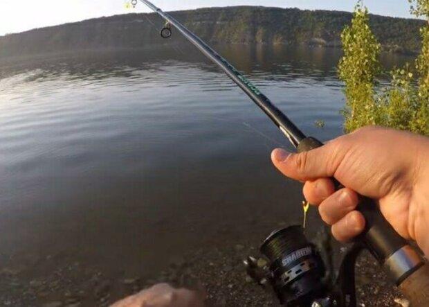 Величезну рибу виловили на річці Дунай в Одеській області: що з нею зробили, відео