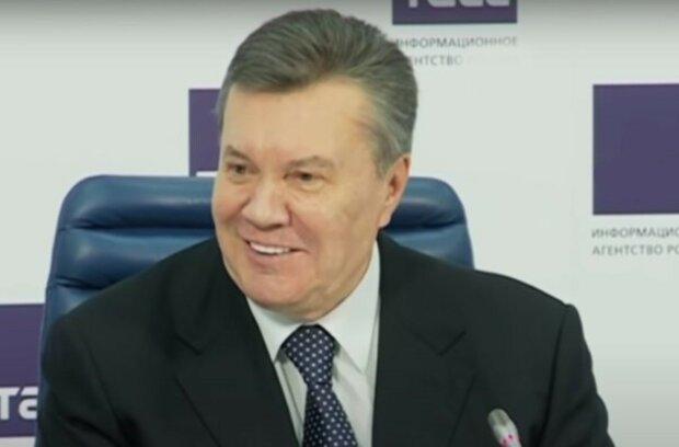 Суд отменил решение об аресте Януковича: все подробности