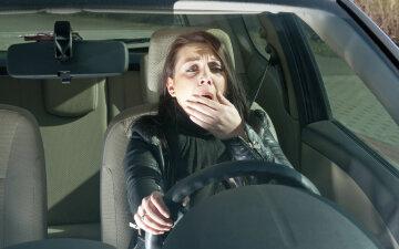 водитель девушка авто