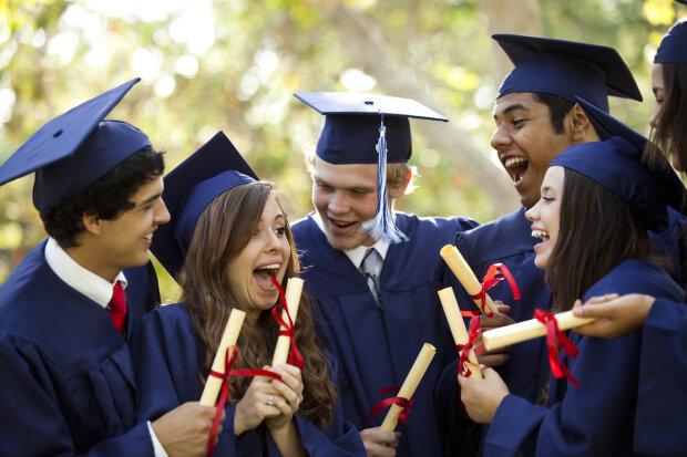 день студентов, мантии, выпускной, дипломы