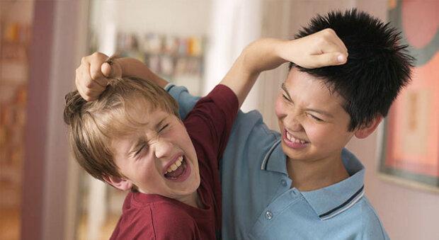 Вчені виявили, що солодощі роблять дитину агресивною