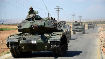 Сирию со всех сторон окружают турецкие военные