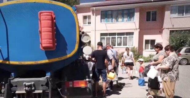 """""""Гиря, прив'язана до ніг"""": росіяни заплатять десятки мільярдів за воду в Криму зі своїх кишень"""