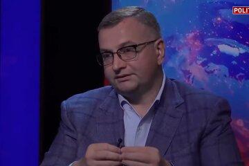 Атаманюк пояснив, що інвестиції США допоможуть Україні розвинутися, а не візьмуть її під контроль