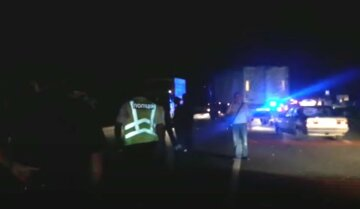 В Одесской области авто сбило трех пешеходов: кадры с места аварии
