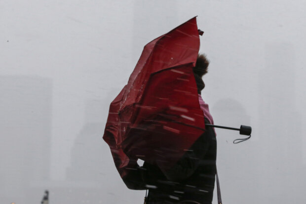Ветер, ураган, снег, погода, зима, зонт