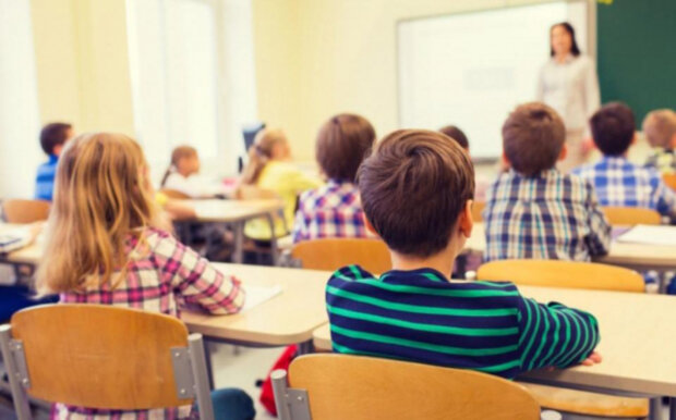 """Начало учебного года в Украине: в Минобразования сделали важное заявление, """"родители должны..."""""""