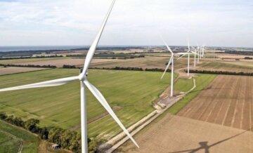 """Для розрахунків з """"зеленою"""" енергетикою потрібно виділяти гроші з бюджету, а не обкладати промисловість """"квазіподатком"""" – експерт"""