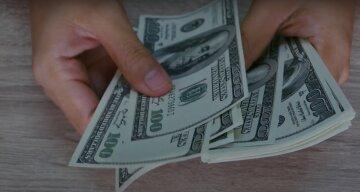 Доллар удивил новым прыжком, в НБУ выдали подробности: как изменился курс валют в Украине