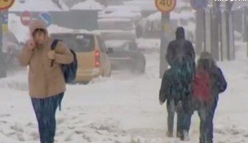 На Одессу надвигаются лютые морозы и снегопад: «объявлен оранжевый уровень опасности»