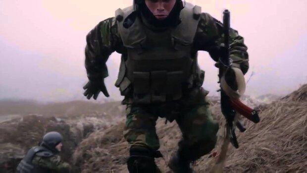 """""""Пуля на память"""": чудесное спасение воина ВСУ растрогало украинцев"""