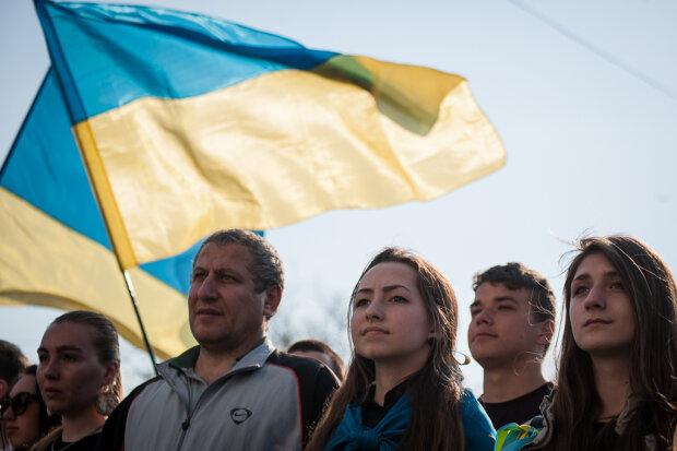 митинг протест украина флаг