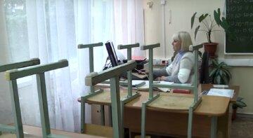 Школьников Одесской области не пускают на занятия: названа основная проблема