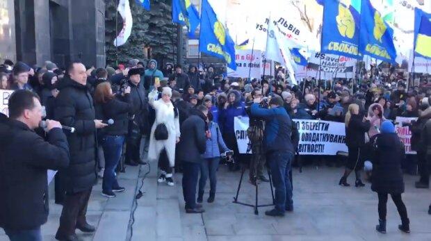 """Романенко рассказал, почему украинцы бунтуют под окнами Зеленского: """"Нужно уничтожить..."""""""